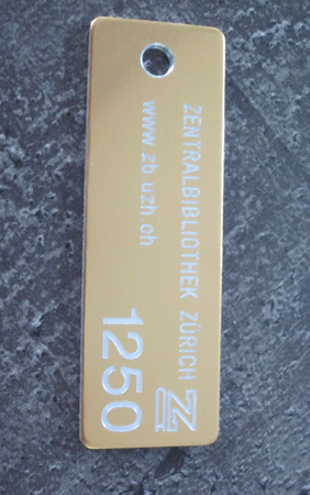 Hotel Schlüsselanhänger Alu gold SAA001